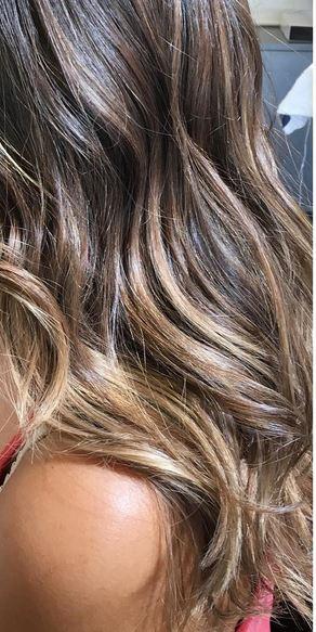 beautiful-brunette-highlights