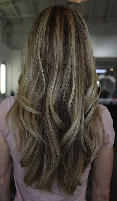beachy blonde hair color