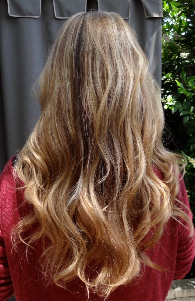 Blonde balayage highlights neil george for Balayage braun blond