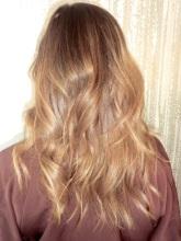 honey brown hair